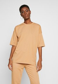 Missguided Tall - EXCLUSIVE SET - Tracksuit - tan - 3