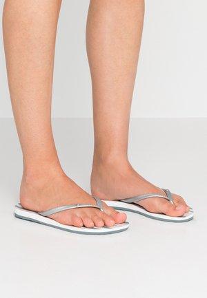 BERMUDA - Pool shoes - blue/white