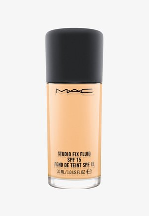 STUDIO FIX FLUID SPF15 FOUNDATION - Fond de teint - nc18
