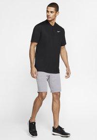 Nike Golf - DRY VICTORY - Funkční triko - black/white - 1