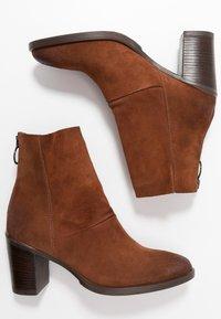 MJUS - Kotníkové boty - penny - 3