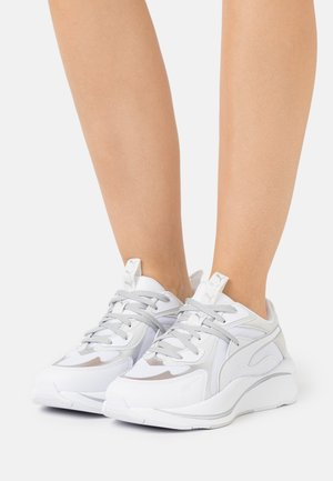 RS-CURVE GLOW  - Trainers - white/nimbus cloud/silver