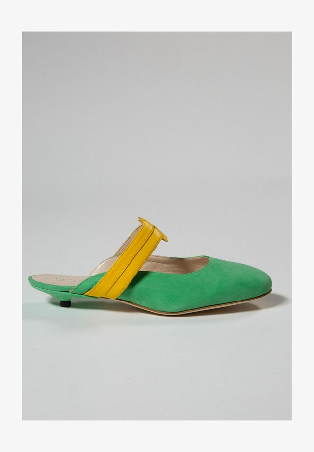 Mules - mint green