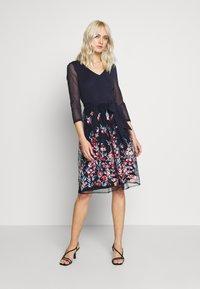 Esprit Collection - DRESS - Koktejlové šaty/ šaty na párty - navy - 1