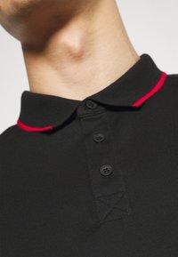 Guess - TAPE - Polo shirt - jet black - 5