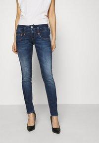 Herrlicher - PITCH - Slim fit jeans - blue desire - 0