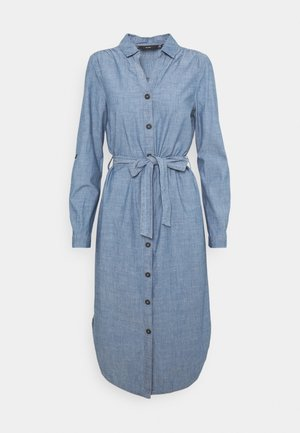 VMAKELA CHAMBRAY LONG SHIRT DRES - Denimové šaty - medium blue denim