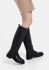 Bershka - Vysoká obuv - black - 0