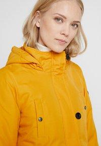ONLY Tall - ONLIRIS - Parka - golden yellow - 4