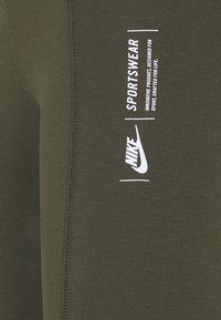 Nike Sportswear - LEGASEE ZIP - Legging - cargo khaki/white - 6