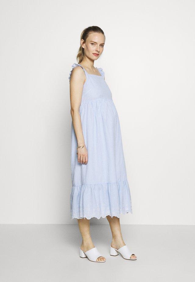 TIERED MIDI DRESS - Denní šaty - blue