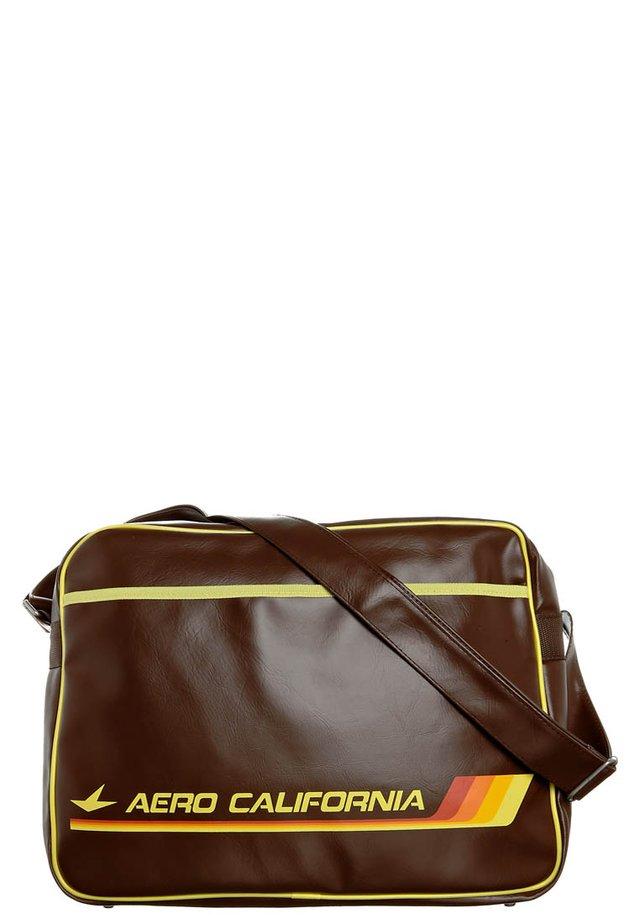 AERO CALIFORNIA - Across body bag - dark brown