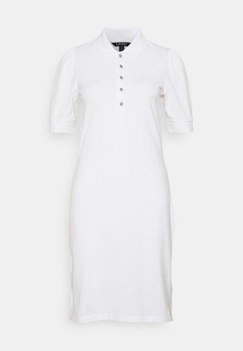 ATHLEISURE - Pouzdrové šaty - white