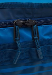 The North Face - BASE CAMP DUFFEL IC - Sports bag - blue - 2