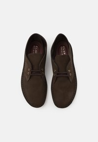 Clarks Originals - DESERT BOOT - Stringate sportive - brown - 3