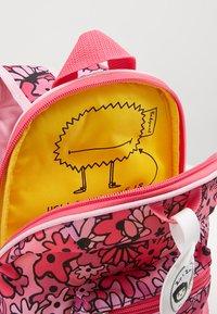Zip and Zoe - MINI BACKPACK - Reppu - floral pink - 5