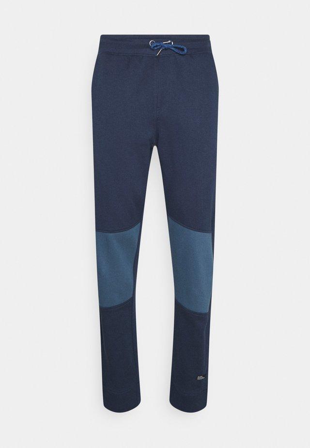 PANTS - Spodnie treningowe - dress blues