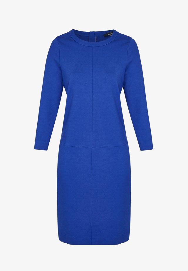 MIT VIELEN DETAILS - Jersey dress - blau