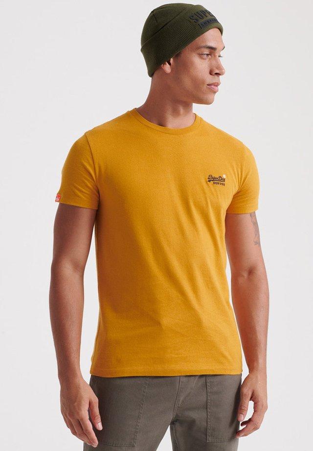 MIT STICKEREI AUS DER ORANGE LABEL KOLLEKTION - T-shirts basic - ochre gold
