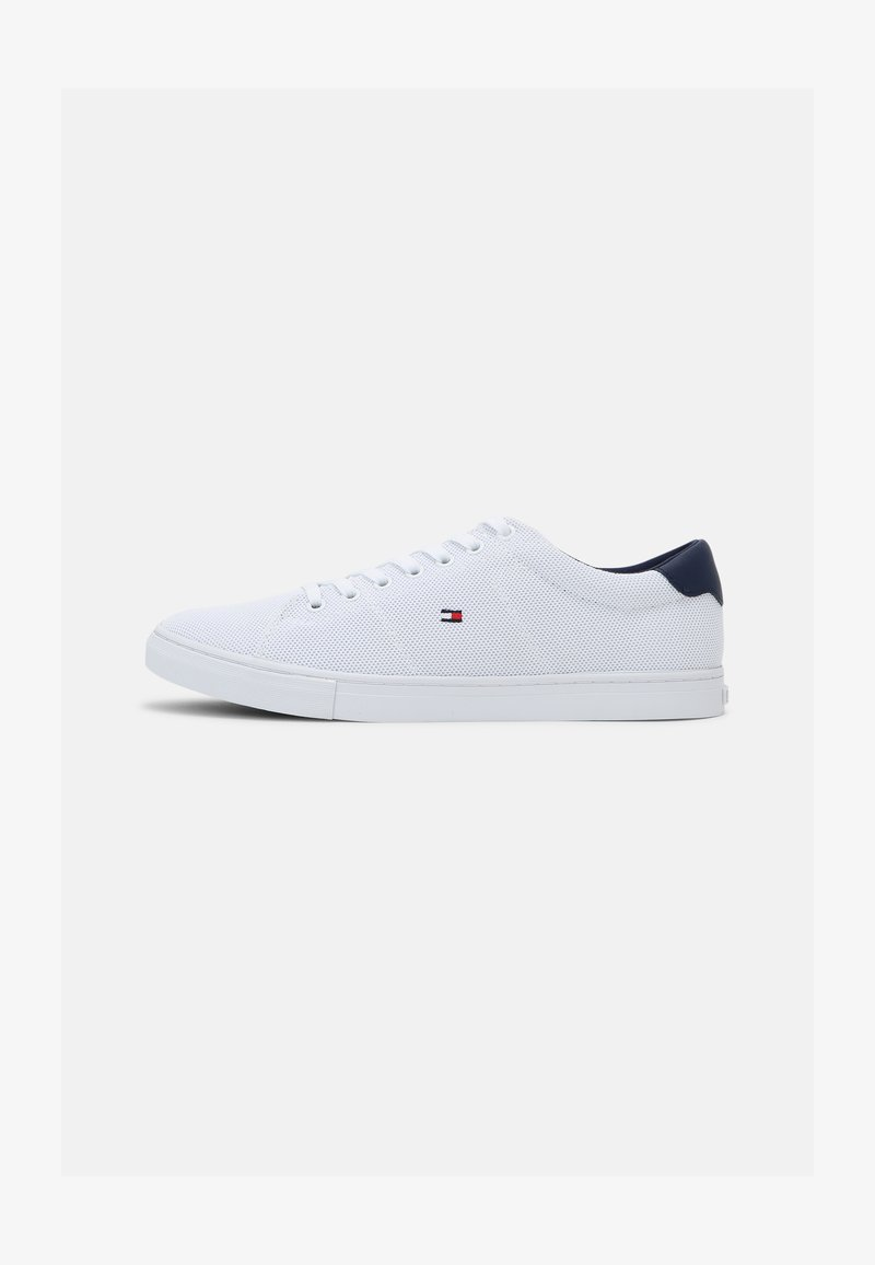 Tommy Hilfiger - ESSENTIAL VULC - Sneakers basse - white/yale navy