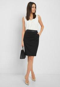 ORSAY - Pencil skirt - schwarz - 1