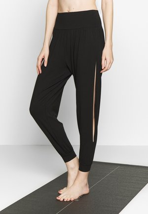BOHEMIAN PANTS - Trainingsbroek - black