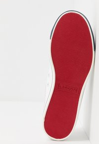 Lacoste - RIBERAC 120 - Sneakers laag - white/navy/red - 5