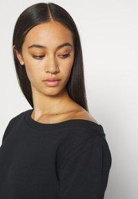 Even&Odd - LOOSE OFF SHOULDER SWEATSHIRT  - Sweater - black - 5