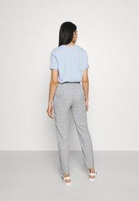 Vero Moda - Trousers - navy blazer/asta - 2