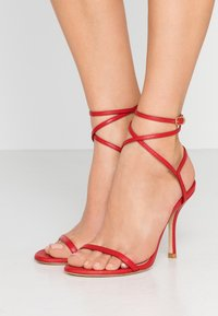 Stuart Weitzman - MERINDA - Sandalias - followme red - 0