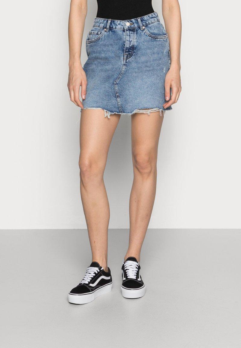 ONLY - ONLSKY SKIRT - Gonna di jeans - light blue denim