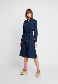 Monki - WAY DRESS - Jeanskjole / cowboykjoler - dark blue - 0