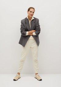 Mango - RIVY-I - Teplákové kalhoty - ecru - 1
