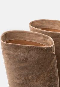 Pura Lopez - High heeled boots - montone - 6