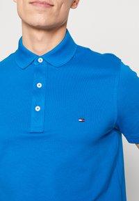 Tommy Hilfiger - Poloshirts - blue - 5