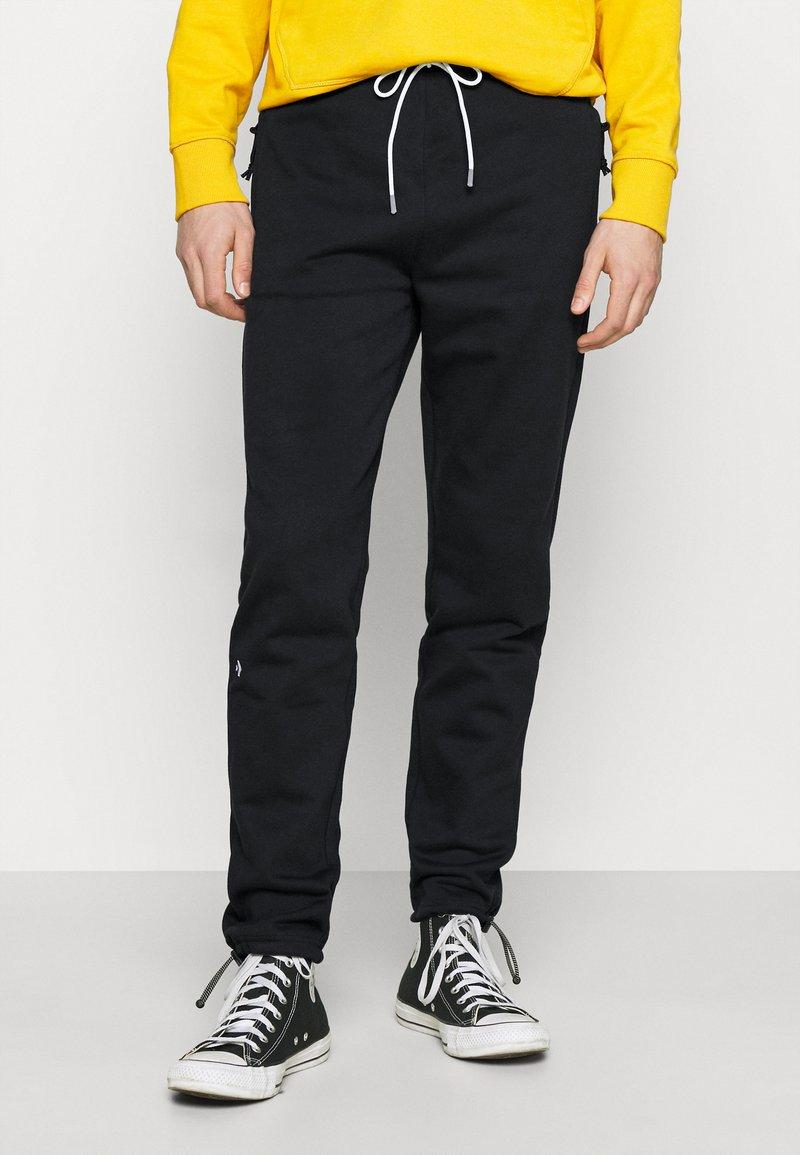Converse - DAGGER PANT UNISEX - Tracksuit bottoms - converse black