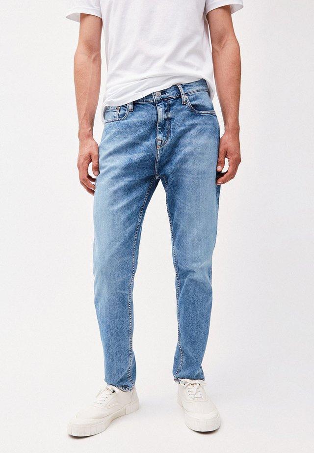 AARO - Straight leg jeans - brilliant blue