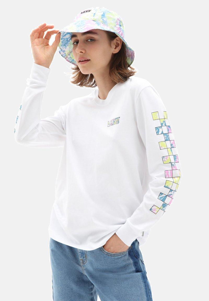 Vans - WM DYE VIBE - Print T-shirt - white