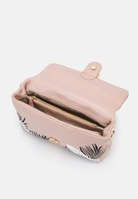Pinko - LOVE CLASSIC PUFF TIGER QUILT - Across body bag - white/black/cipria - 2