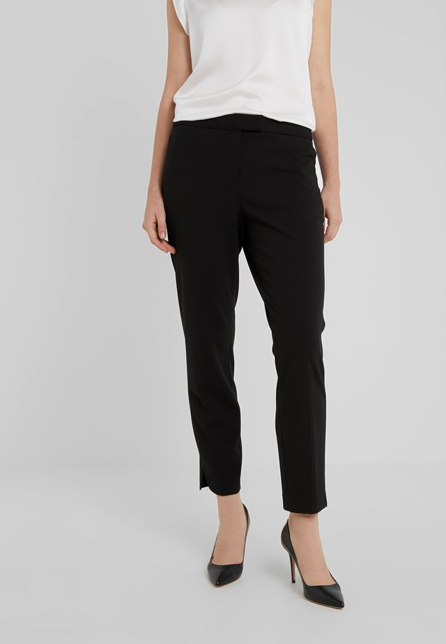 FOUNDATION PANT SIDE SLITS - Broek - black