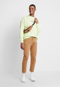 Weekday - BOBBIN - Trousers - camel - 1