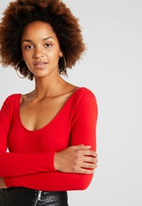 Fashion Union - ZESTY - Long sleeved top - red - 3