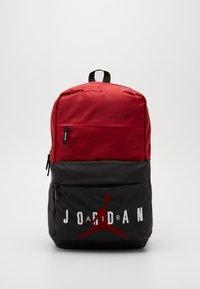 Jordan - PIVOT PACK - Batoh - black/gym red - 0