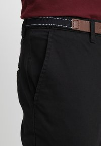 Selected Homme - SLHSLIM JAMERSON PANTS - Chinos - black - 3