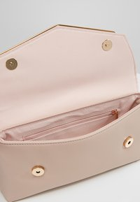 Dorothy Perkins - BAR - Clutch - nude - 4