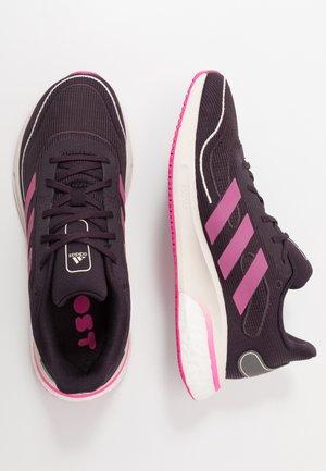 SUPERNOVA SPORTS RUNNING SHOES UNISEX - Zapatillas de running neutras - purple