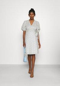 Minimum - LENELIA - Day dress - broken white - 1