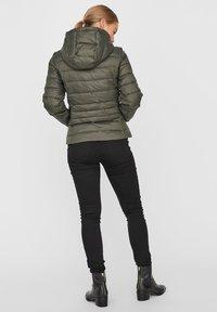 Vero Moda - Winter jacket - peat - 2