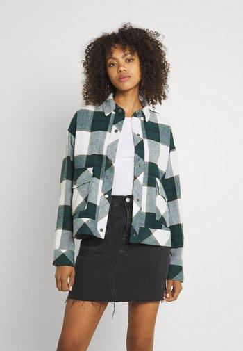 NMFLANNY SHORT SHACKET  - Summer jacket - ponderosa pine/blanc de blank