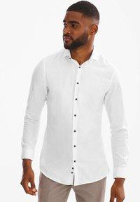 C&A - Formal shirt - white - 0